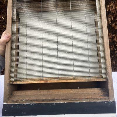 12 - Fond de ruche